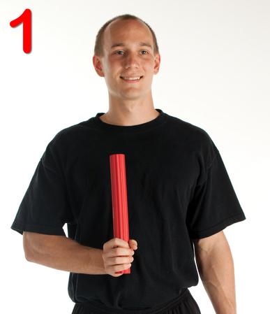 thera-band-flexbar-tenici-dirsegi-egzersiz-hareketi-adim1