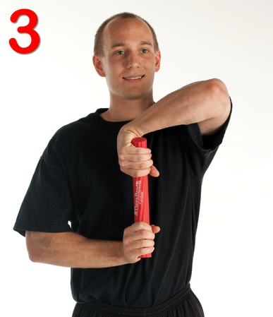 thera-band-flexbar-tenici-dirsegi-egzersiz-hareketi-adim3